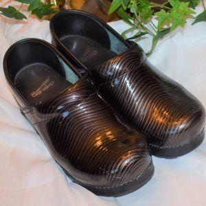 Brown Shiny Dansko clogs